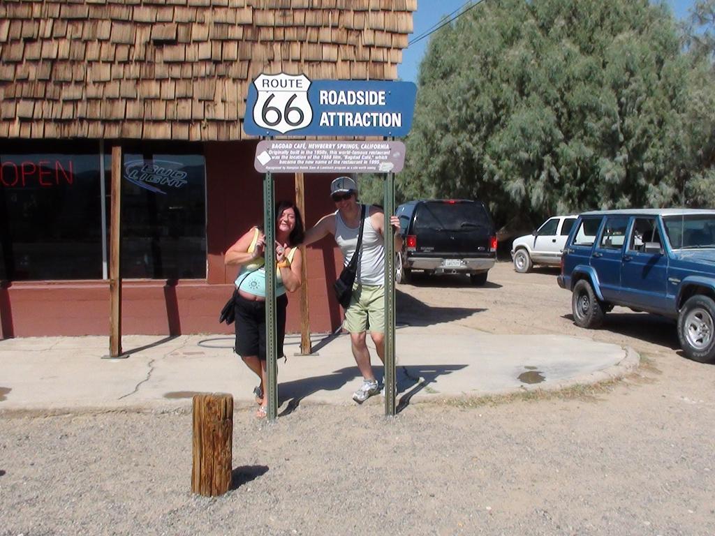 BAGDAD CAFE, Newberry Spring, California , USA Dsc00116