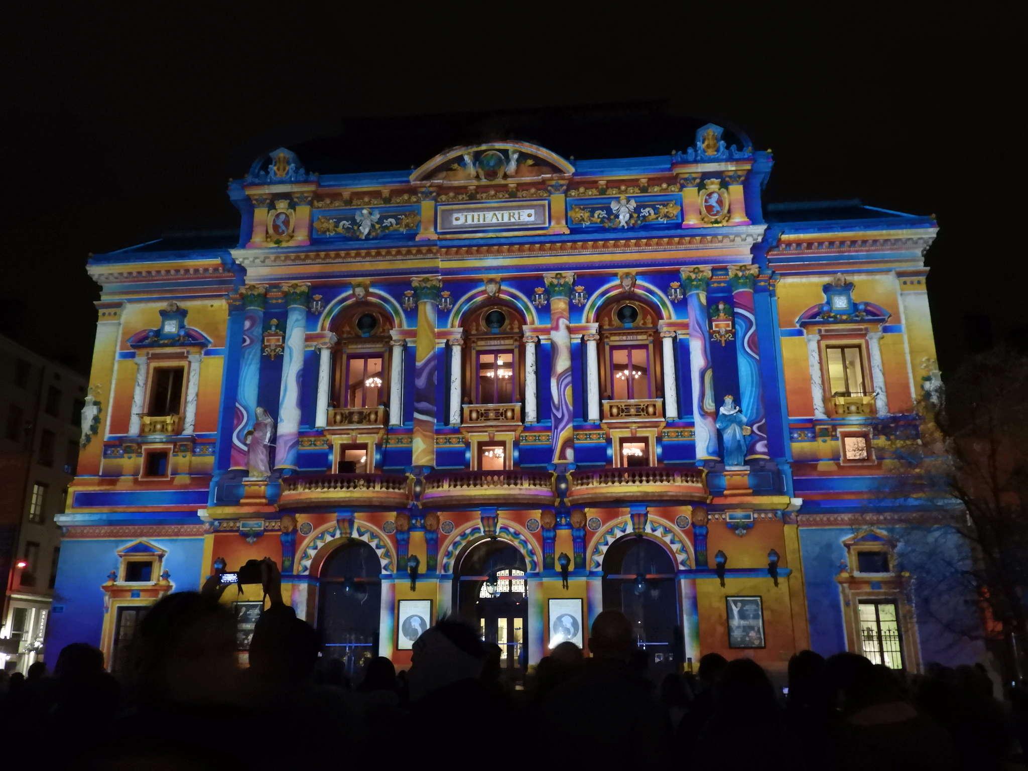 la fête des lumières: un 8 décembre multicolore à LYON  Dscn2213