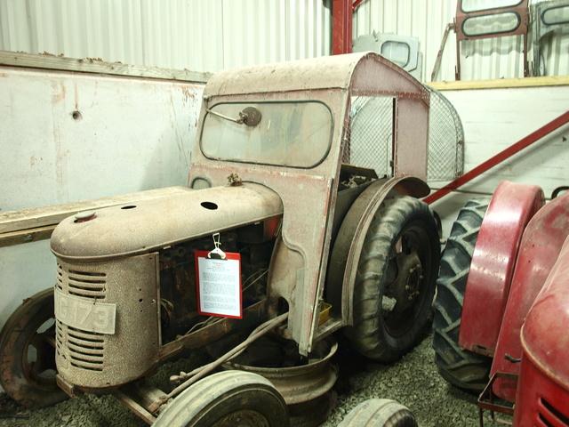 David Brown Cropmaster Diesel (ei siis 25D) kysymyksiä - Sivu 2 _9110110