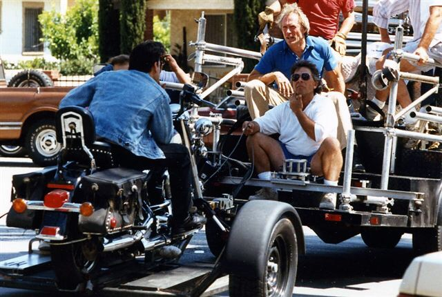 Ils ont posé avec une Harley, principalement les People - Page 37 Imag1277