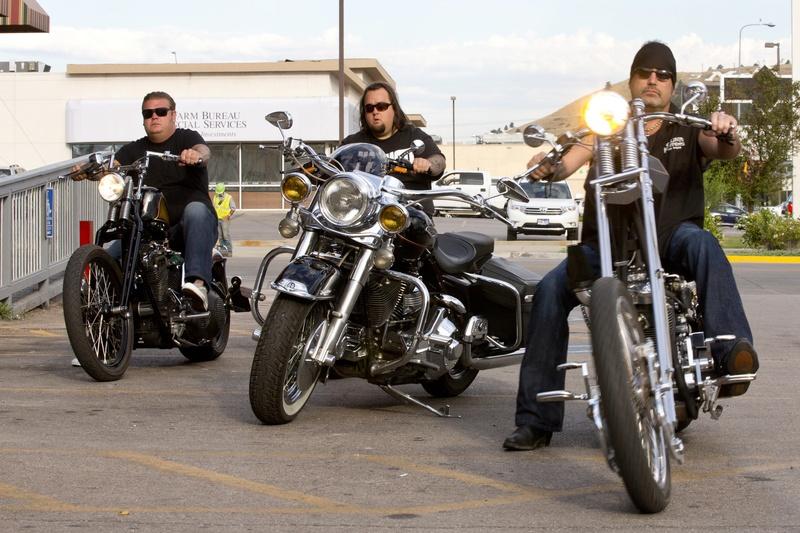 Ils ont posé avec une Harley, principalement les People - Page 38 Imag1366