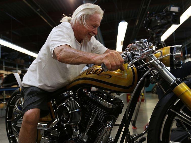 Ils ont posé avec une Harley, principalement les People - Page 38 Imag1382