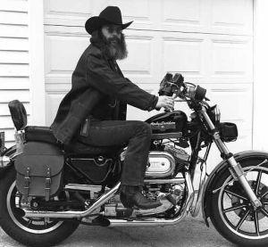 Ils ont posé avec une Harley, principalement les People - Page 39 Imag1427
