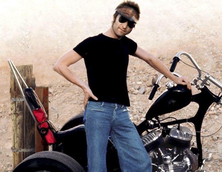 Ils ont posé avec une Harley, principalement les People - Page 39 Imag1453