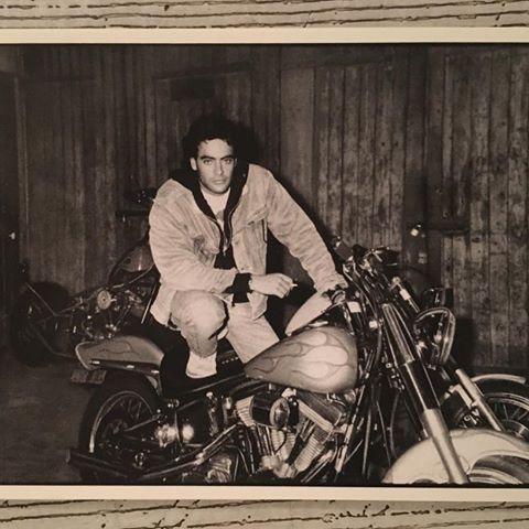 Ils ont posé avec une Harley, uniquement les People - Page 5 Imag1712