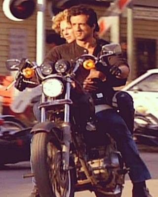 Ils ont posé avec une Harley, uniquement les People - Page 5 Imag1752