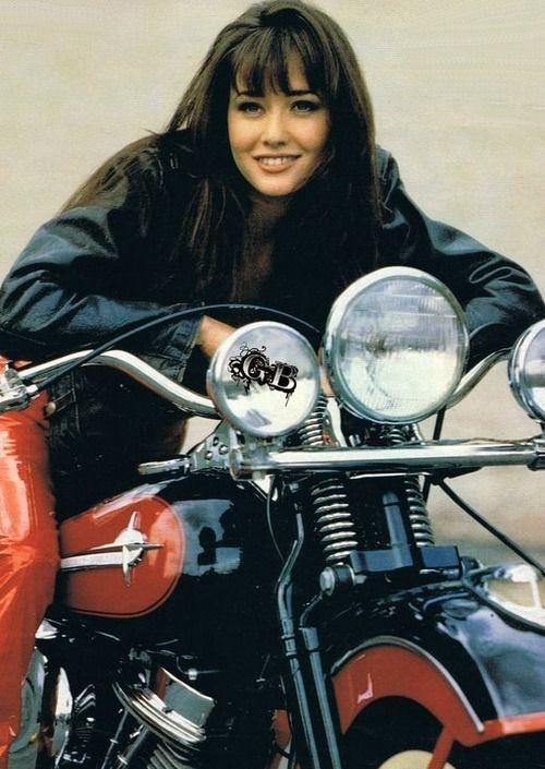 Ils ont posé avec une Harley, uniquement les People - Page 5 Imag1763