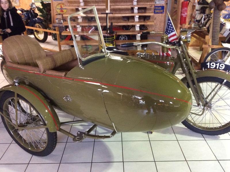 Quelques photos de motos du musée Baster à RIOM Imag5051
