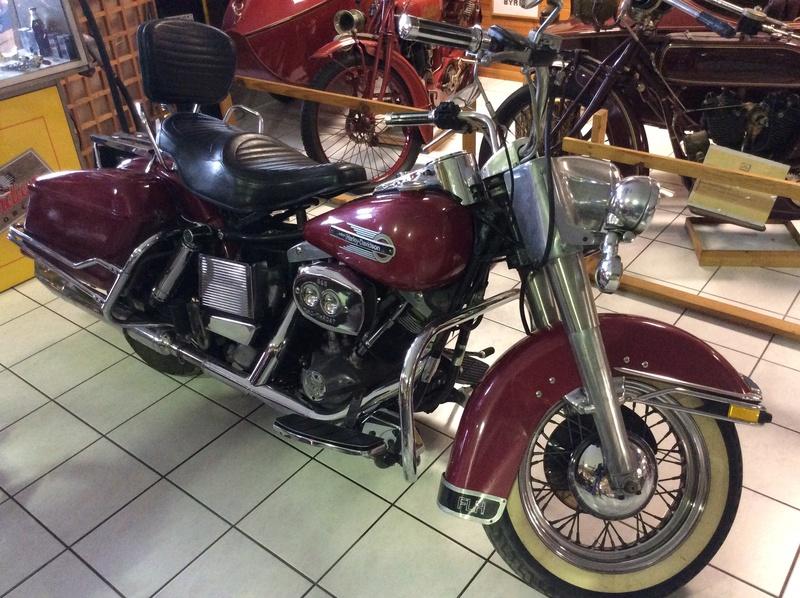 Quelques photos de motos du musée Baster à RIOM Imag5052