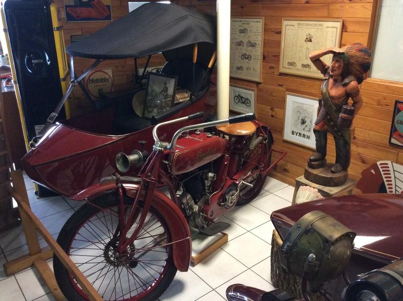Quelques photos de motos du musée Baster à RIOM - Page 2 Imag5059