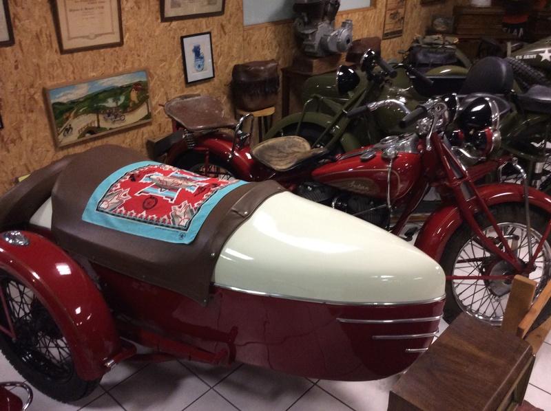 Quelques photos de motos du musée Baster à RIOM - Page 2 Imag5061