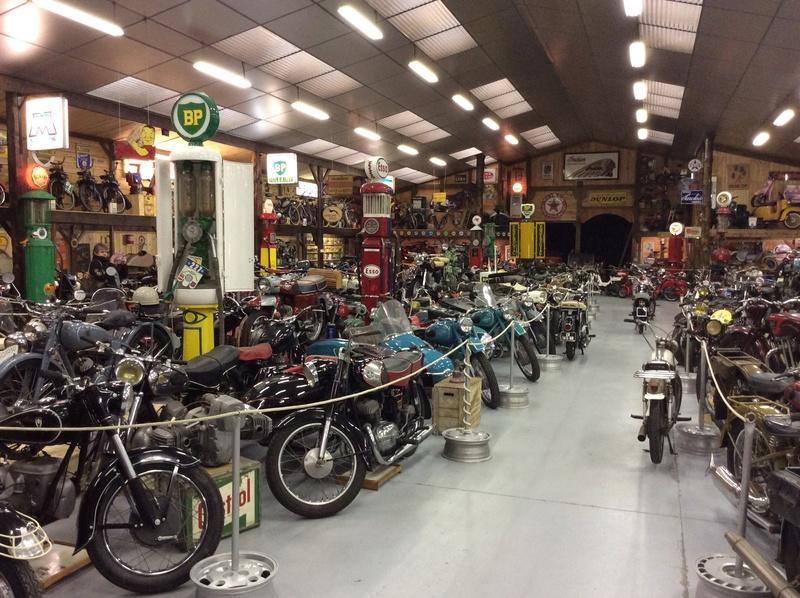 Quelques photos de motos du musée Baster à RIOM - Page 2 Imag5066