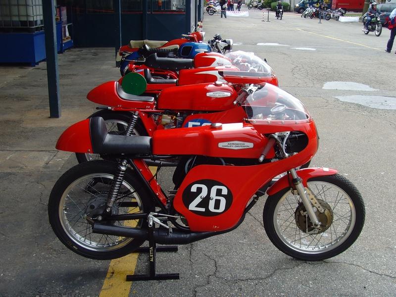 Harley de course - Page 5 Image782