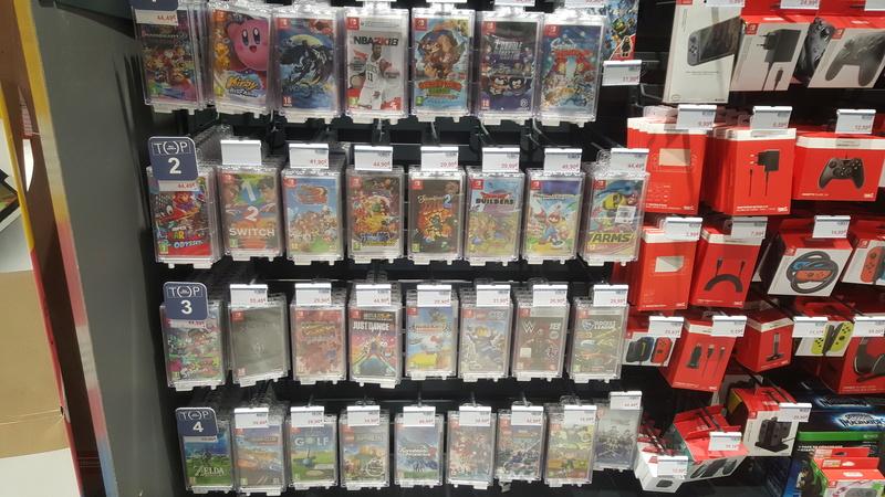 Nintendo Switch - The full set 20180539