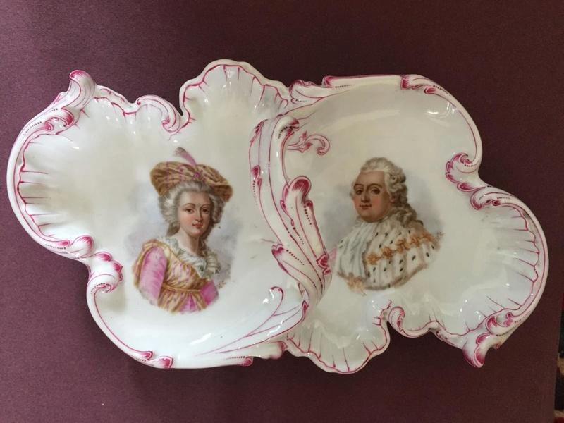 A vendre: Louis XVI et Marie Antoinette - Page 6 34816610