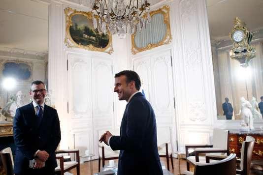 Macron investit Versailles 9985b210