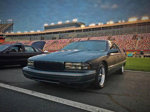 New to the Forum, but no where near new to longroofs Buick_12