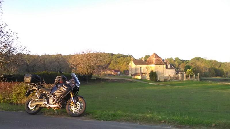 Vos plus belles photos de moto - Page 14 Img_2010