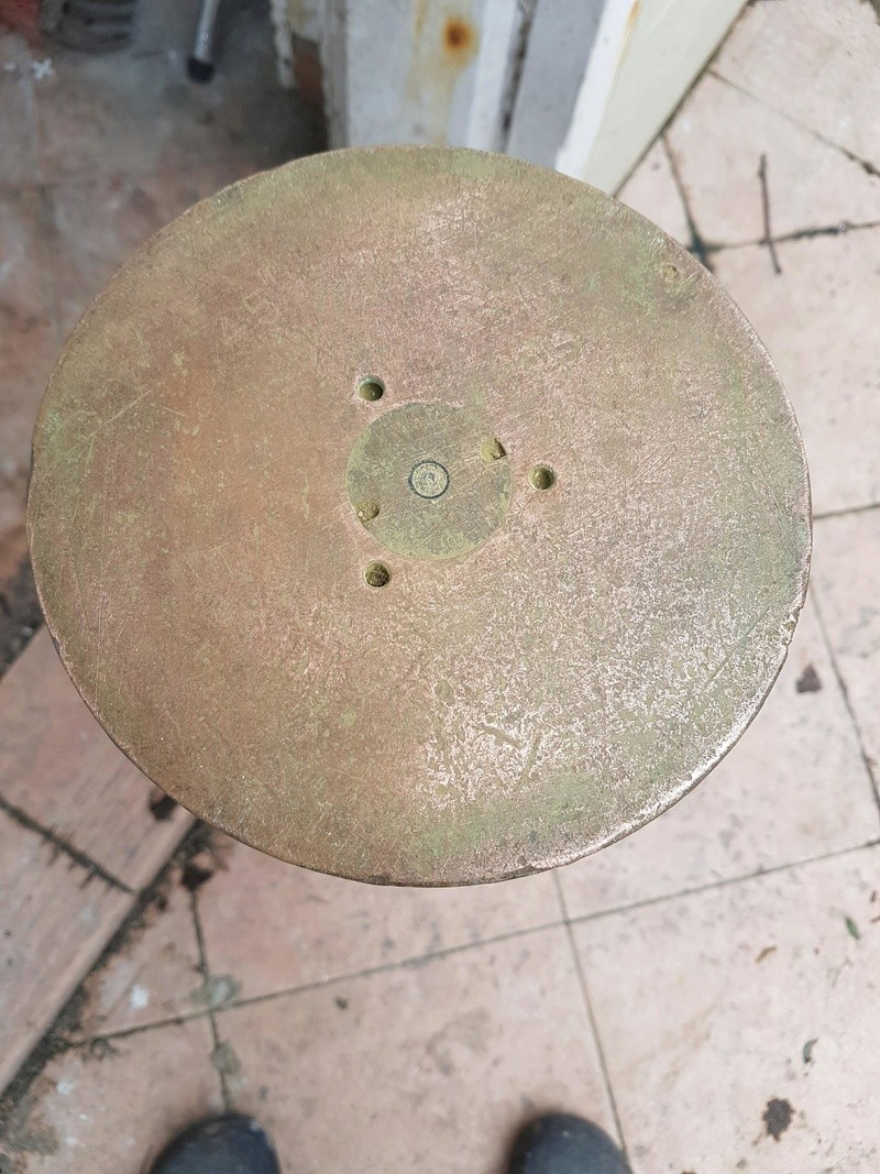 Identification douille d'obus Receiv19