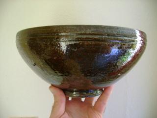 Studio bowl, maker unknown. Dsc05119