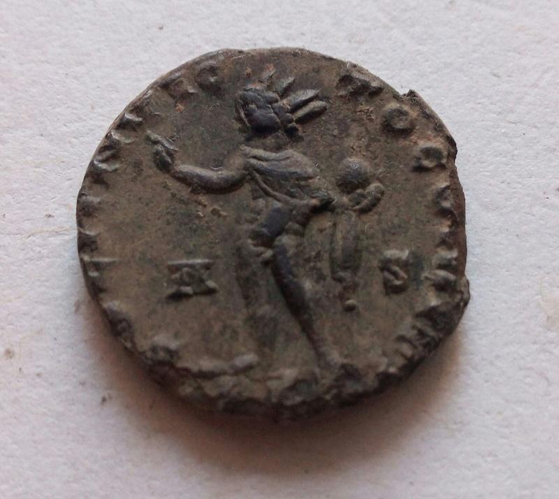 Nummus de Constantino I. SOLI INVICTO COMITI 28420c10