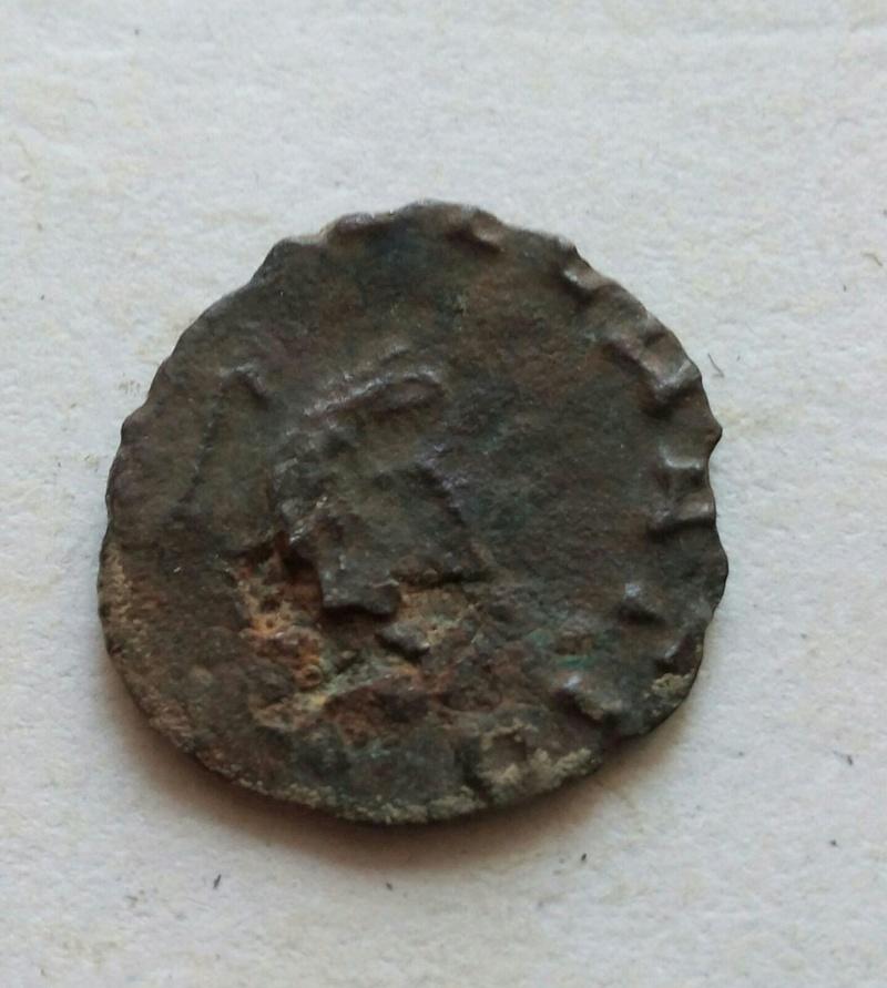 Radiado póstumo de Claudio II. CONSECRATIO. Águila 9018c210