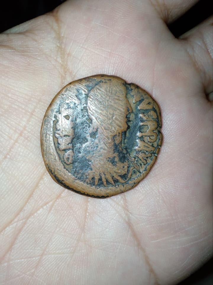Argumento: moneda a identificar alguien me ayuda SOY DE PERU  22489811