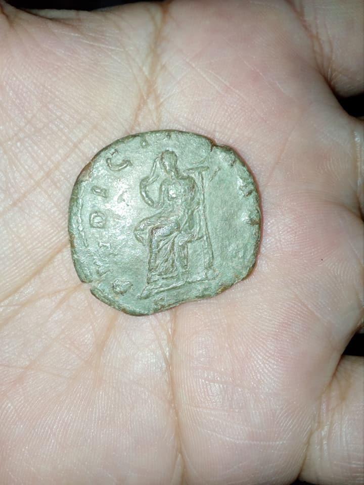 Argumento: moneda a identificar alguien me ayuda SOY DE PERU  22539713
