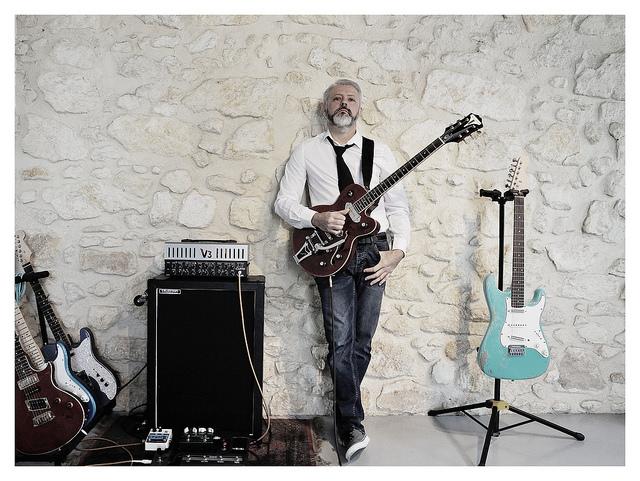 Les photos de vos guitares & Co... - Page 6 2018se10