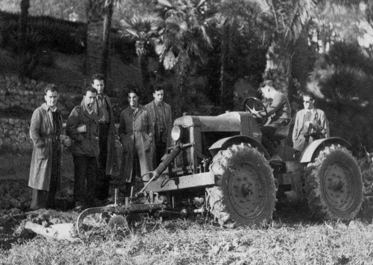 les tracteurs micromax  8283