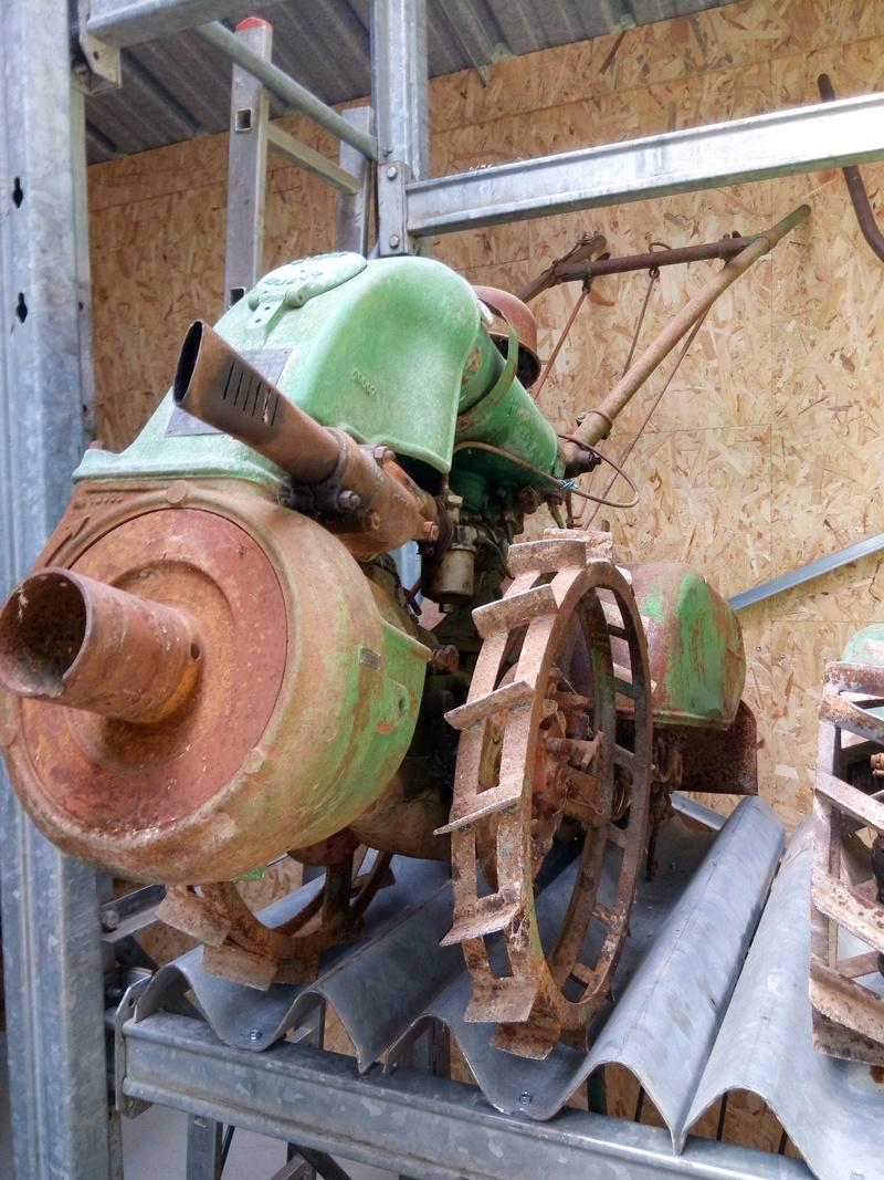 Le Musée des grenouilles SIMAR vient d'ouvrir en Aveyron ! Img_2400