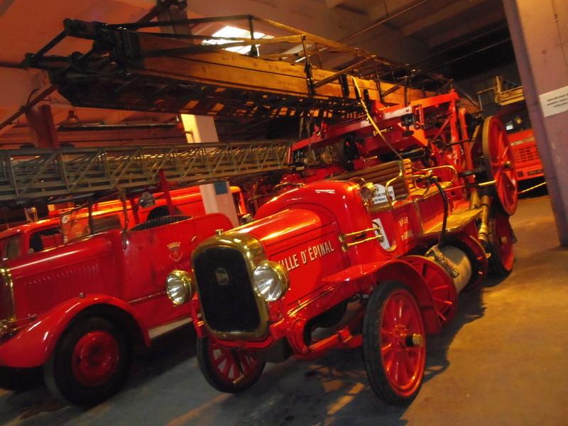 Des camions à gogo....Musée des sapeurs pompiers de Lyon - Page 4 Imgp0813