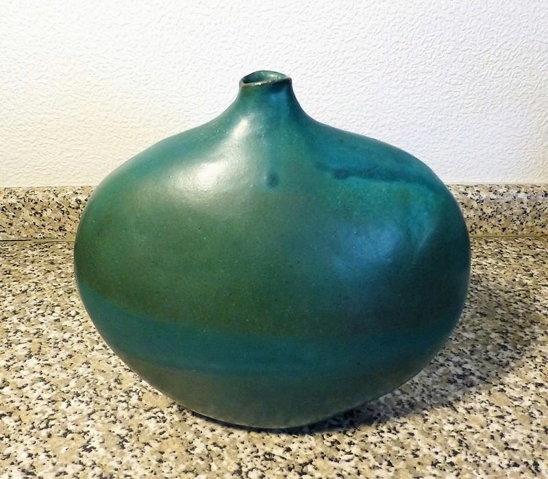 Boulder Vase FS / ES ?? Nice Turquoise P1080725