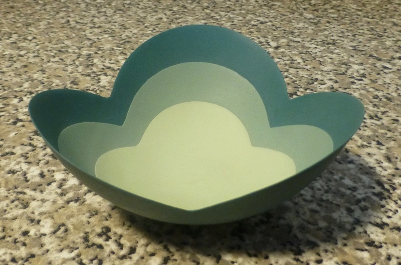 Ceramic Petal Bowl - EC/CE or even W/C M/U very thin P1080727