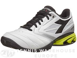 aiutatemi a scegliere la scarpa Diador11