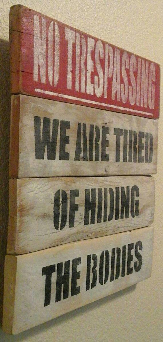 Signage for the pallet craftsman. C4687c10