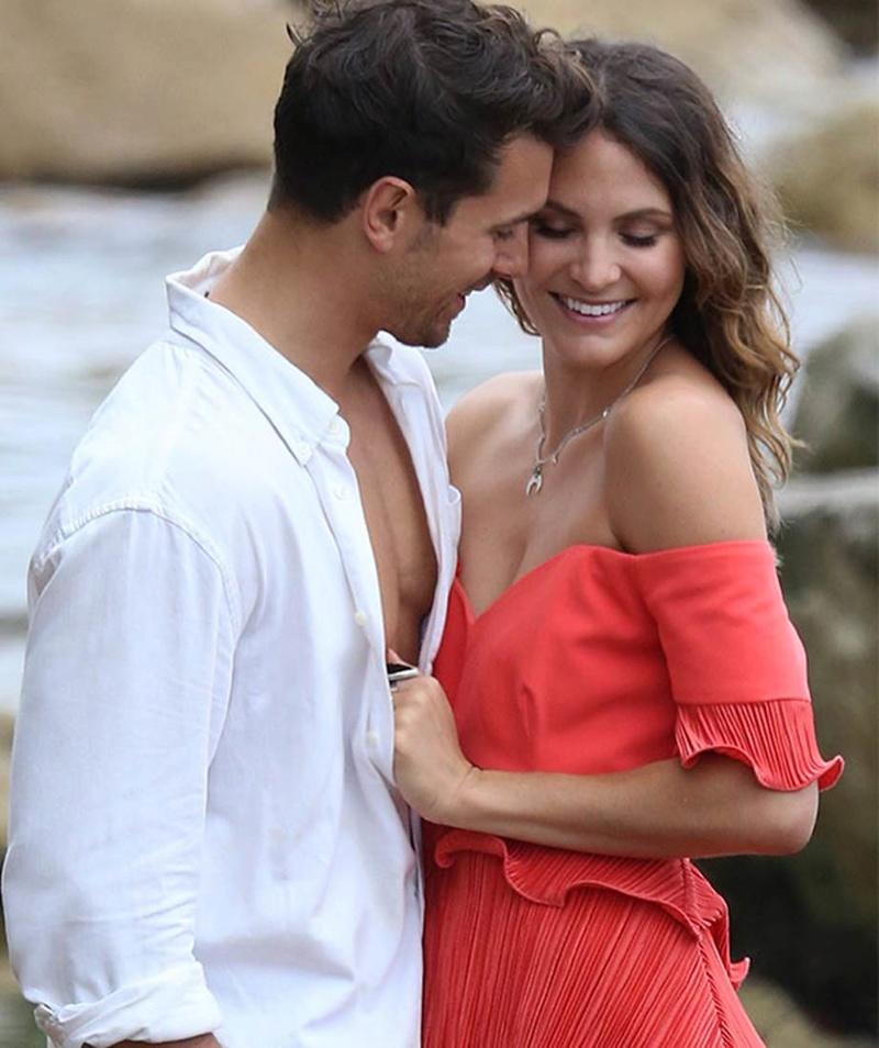 Matty Johnson - Laura Byrne - Bachelor Australia - Season 5 - Fan Forum - Page 12 _matty13