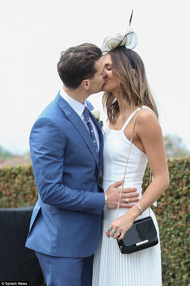 Matty Johnson - Laura Byrne - Bachelor Australia - Season 5 - Fan Forum - Page 9 Matty_15