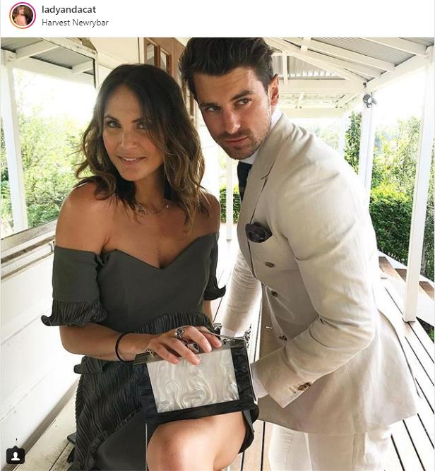 Matty Johnson - Laura Byrne - Bachelor Australia - Season 5 - Fan Forum - Page 11 Screen21