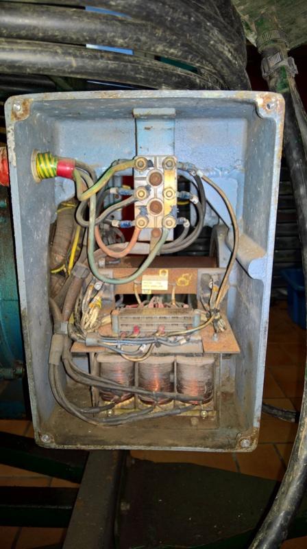 cherche infos sur vieux groupe electrogene unelec Wp_20111