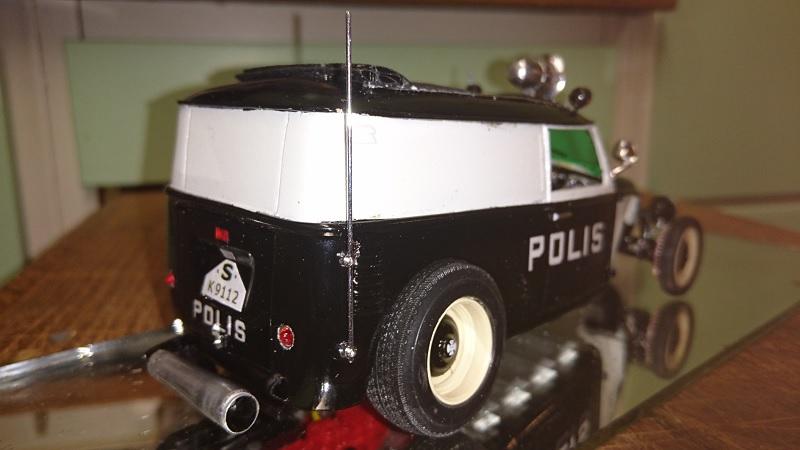 VW-rod, police-style, by Chromecop - FINI ! - Page 2 198-210