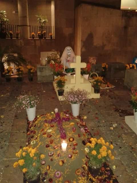 Culture Halloween/jour des morts Facebo13