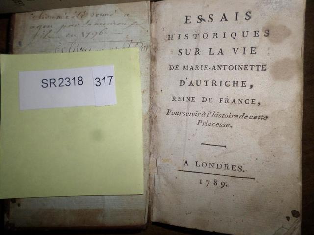 A vendre: livres sur Marie-Antoinette, ses proches et la Révolution - Page 5 16570010