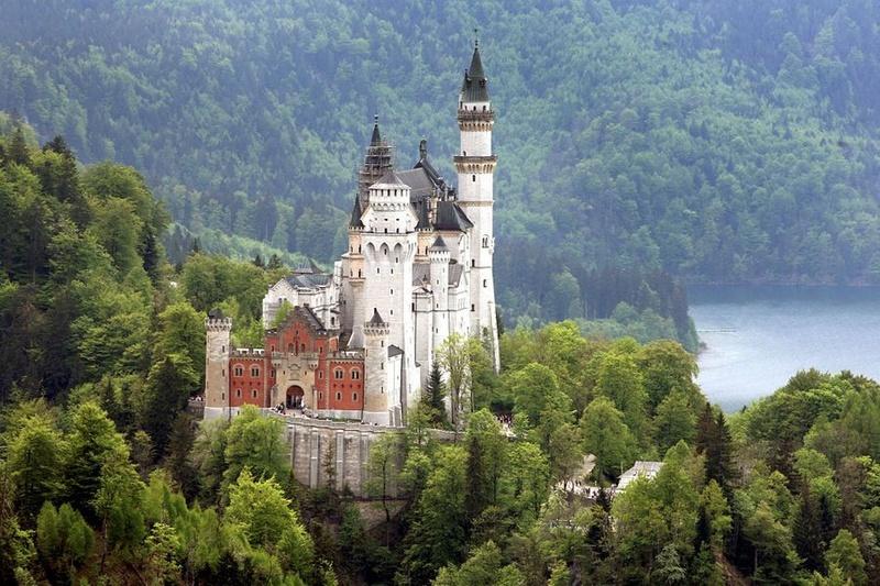 Les châteaux de Ludwig Le-cha11