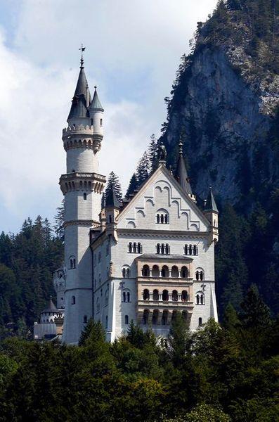 Les châteaux de Ludwig Le-cha12