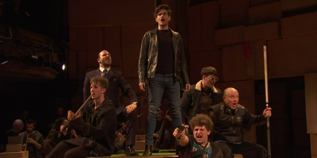 The Beggar's Opera, Broadway chez les gueux Vlcsna11