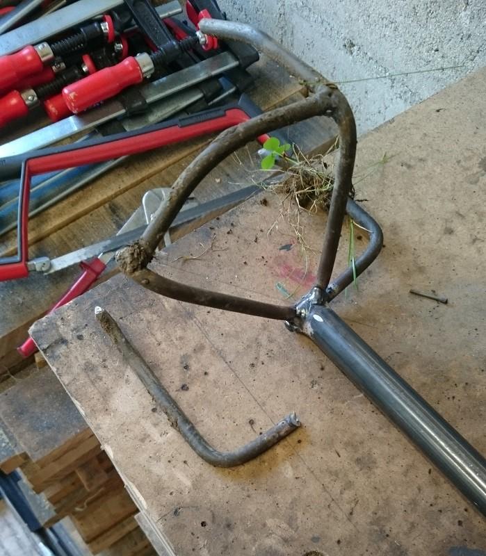 réalisation d'une griffe pour le jardinage Dsc_0713