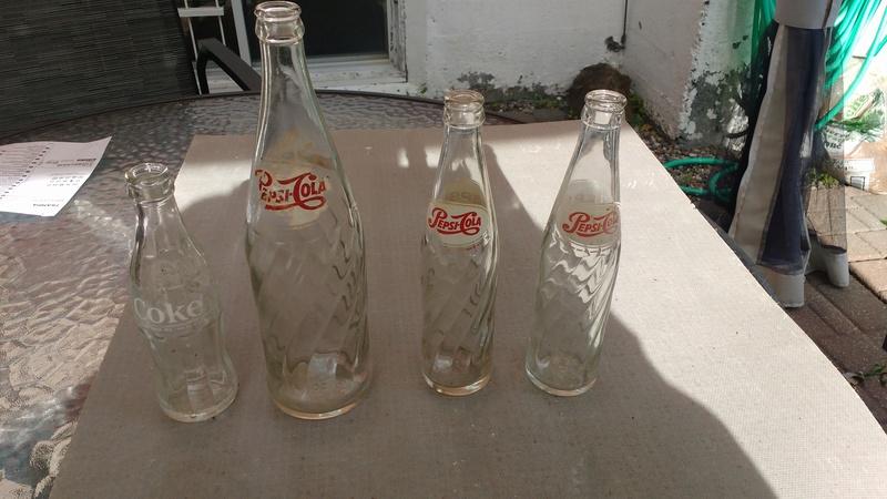 Collection d'une centaine de bouteilles 110