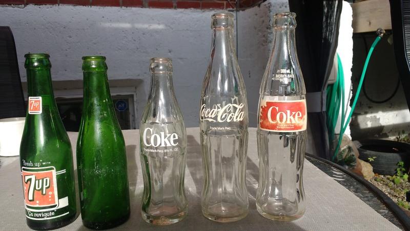 Collection d'une centaine de bouteilles 3210