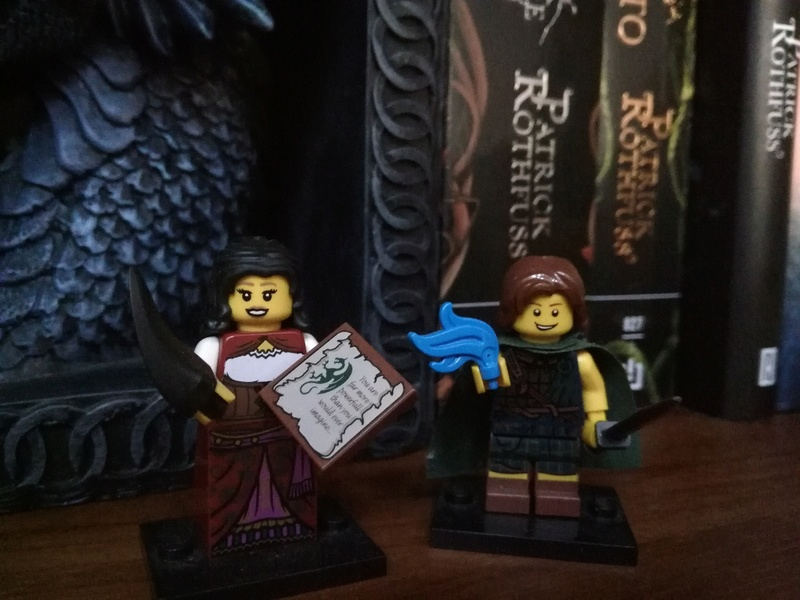 Figuras LEGO de Kvothe y Denna Img_2010